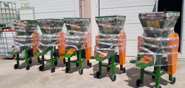 Seydişehir'de üzüm sıkma makinaları teslim edildi