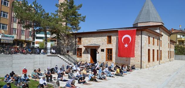 Ilgın Ulu Camii ibadete açıldı