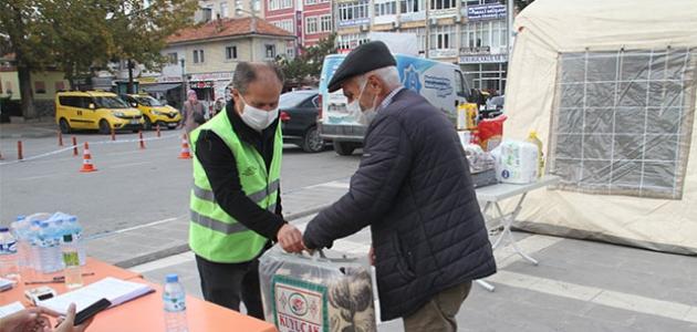 Beyşehir'de depremzedelere yönelik yardım kampanyası
