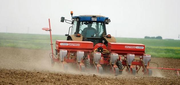 Akkise Tarımsal Kalkındırma Kooperatifine tarım makineleri hibesi