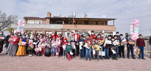 Başkan Hasan Kılca çocuklarla bir araya geldi