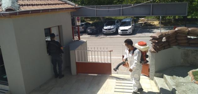 Halkapınar'da dezenfekte çalışmaları devam ediyor