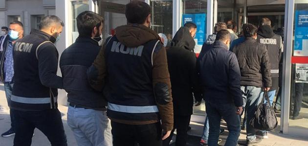 Konya dahil 7 ildeki FETÖ operasyonunda 7 tutuklama