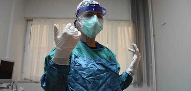 Korona hastaları yaşadıkları anlatıyor: Salgın sağlık çalışanları açısından çok yıpratıcı