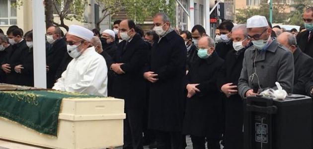 TBMM Başkanı Şentop ve Adalet Bakanı Gül Koç'un cenaze törenine katıldı