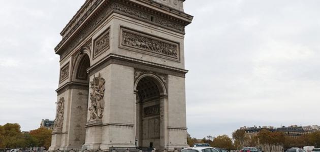 Fransa 76 camiye yapılacak denetimlere başlıyor
