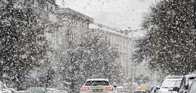 Başkentte yağmur ve kar yağışı etkili oluyor
