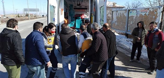 Aksaray - Konya yolunda kaza: 3 yaralı