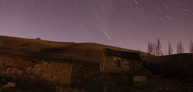 Konya'da yıldızların dansı geceyi aydınlattı