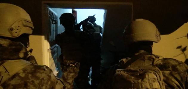 Terör örgütü El Kaide'ye operasyon: 5 tutuklama