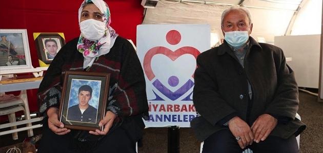 Diyarbakır annelerinin evlat nöbetine katılan Eregli: HDP oğlumuzu kaçırdı