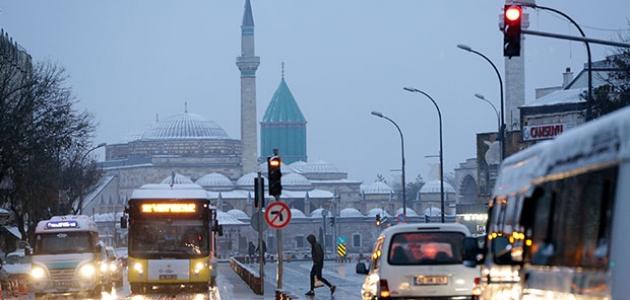 Konya'ya kuvvetli ve yer yer yoğun kar yağışı uyarısı