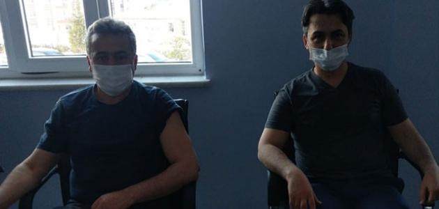Kaymakam Erdoğan ve Belediye Başkanı Tutal Kovid- 19 aşısı oldu