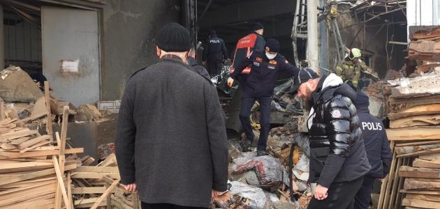 Fabrikada buhar kazanı patladı! 1 işçi öldü, 4'ü ağır 6 işçi yaralandı