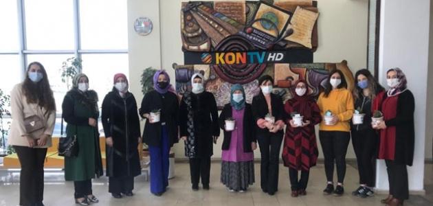 Karatay Belediyesi kadın gazetecileri unutmadı