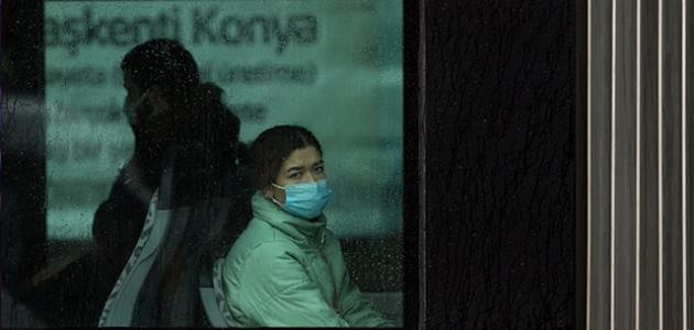 Konya'da tedbirlere uymayan vatandaşlar tepki çekiyor
