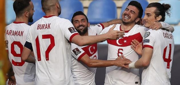 Türkiye-Letonya maçının biletleri satışa çıkıyor