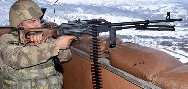 Fırat Kalkanı bölgesinde 2 PKK/YPG'li terörist öldürüldü