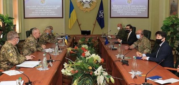 NATO Askeri Komite Başkanı Stuart Peach Ukrayna'ya geldi