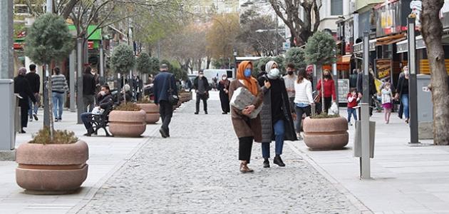 Konya'da vatandaşlar kısıtlamalardan memnun