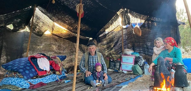 Sarıkeçili Yörük ailenin yaylalara göç yolculuğu başladı