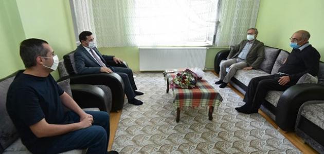 Başkan Kılca'dan şehit ailesine ziyaret