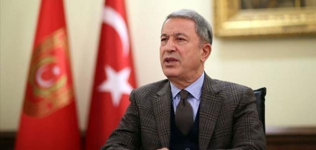 Milli Savunma Bakanı Akar'dan şehit askerler için taziye mesajı