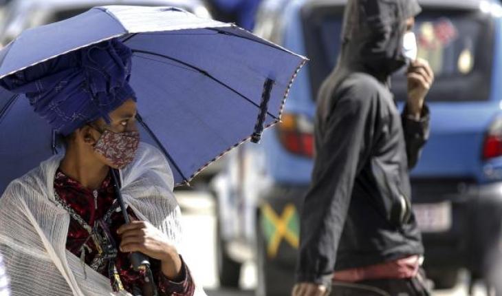 Afrika'da COVID-19 vakaları son 1 haftada yüzde 30 arttı
