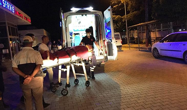 Otomobille motosiklet çarpıştı: 15 yaşındaki sürücü yaralandı