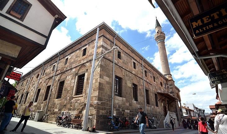 Selçuklu mimarisinin kalbi Konya, kültür varlıklarıyla ilgi çekiyor