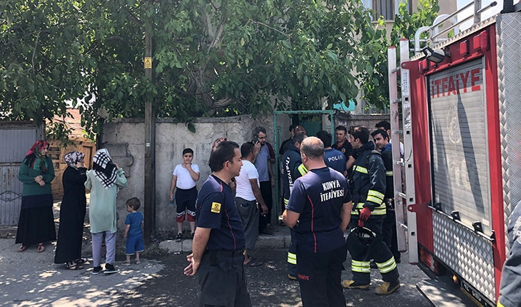 Anne ve çocuğu yangından son anda kurtarıldı