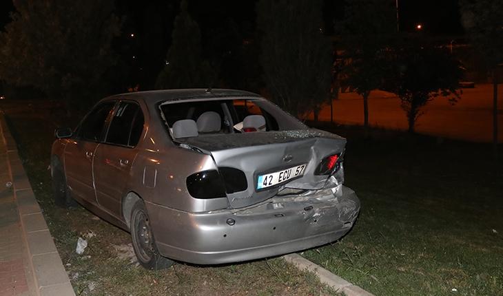 İki otomobil çarpıştı: 2'si çocuk 3 yaralı