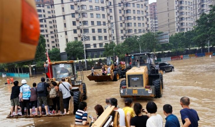 Çin'deki selde can kaybı artıyor