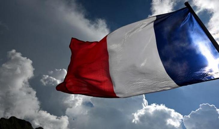 Fransa'da İçişleri Bakanı'nın emriyle 2 imam görevden alındı