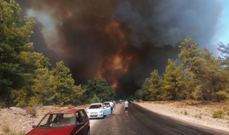 Konya Emniyetinden Manavgat'taki yangın nedeniyle güzergah uyarısı