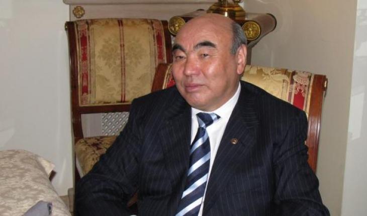 Kırgızistan'ın kurucu Cumhurbaşkanı Akayev, 16 yıl sonra ülkesine getirildi
