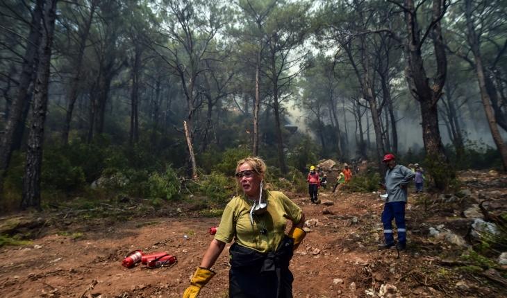 Marmaris'te tahliye edilen bölgelerde söndürme çalışması devam ediyor