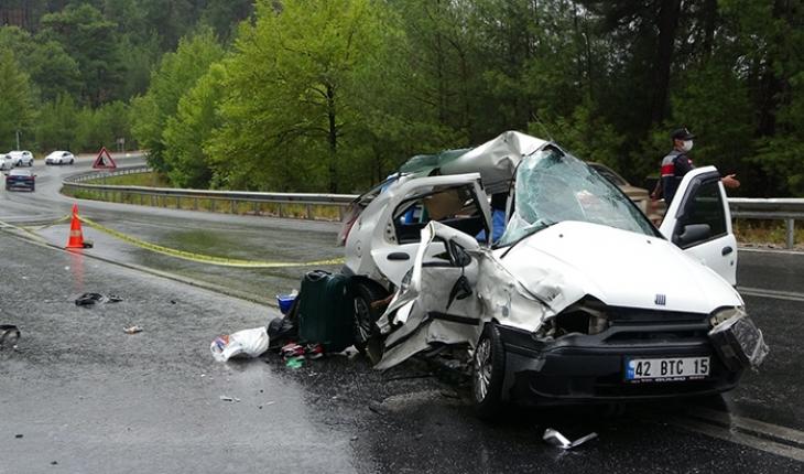 Antalya- Konya yolunda kaza: 2 ölü, 2 yaralı