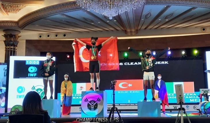 Yıldızlar Dünya Halter Şampiyonasında Kılıç, dünya birincisi